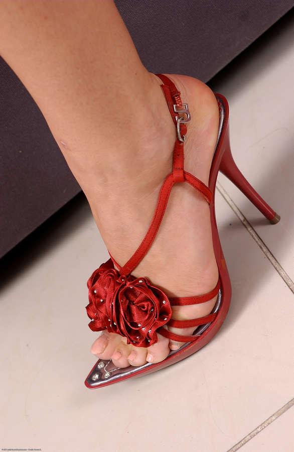Micara Feet