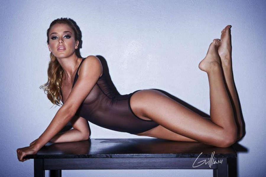 Mariana Paola Vicente Feet