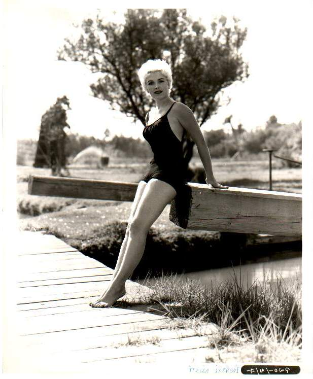 Stella Stevens Feet