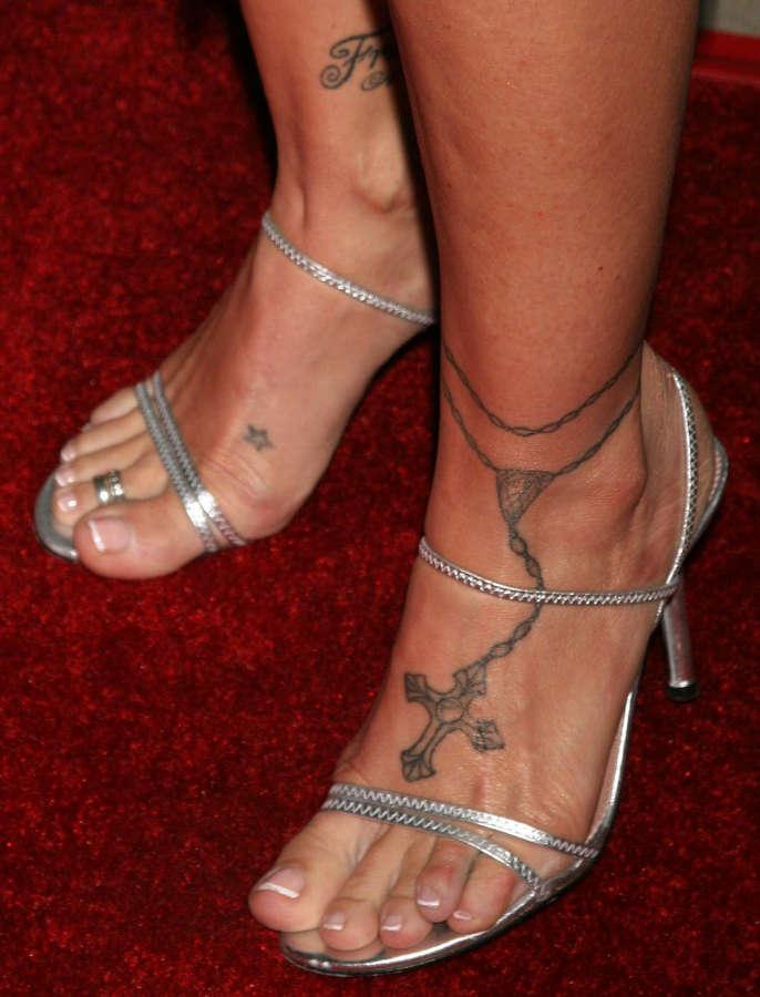 Donna DErrico Feet