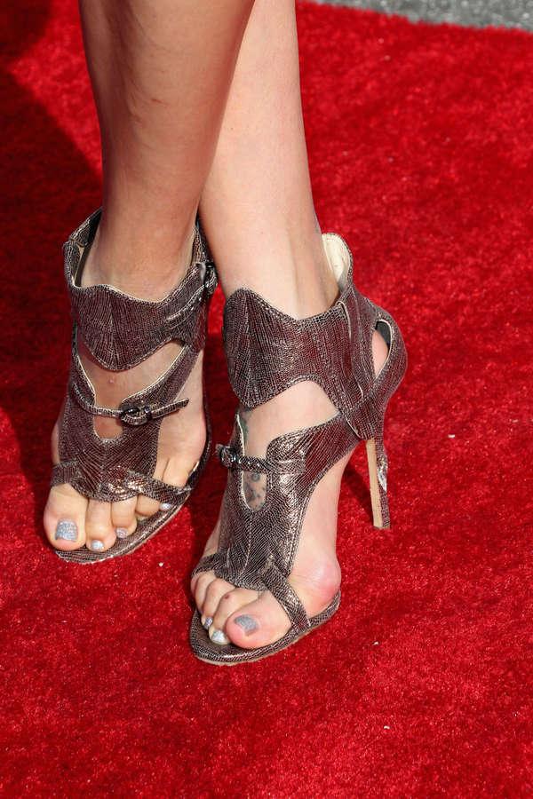 Jeannie Mai Feet