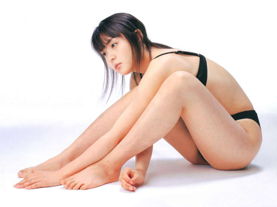 Akiko Kinouchi Feet