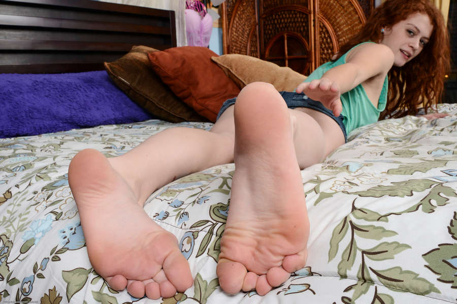 Alice Green Feet