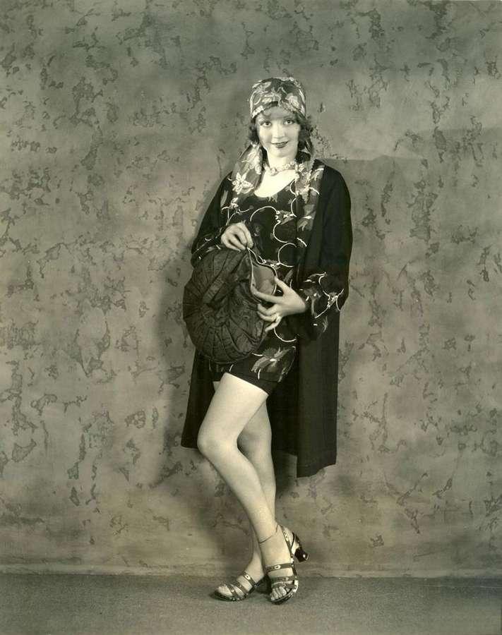 Alice White Feet