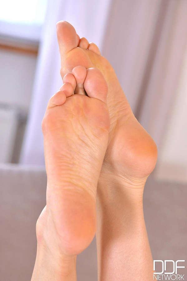 Pussykat Feet
