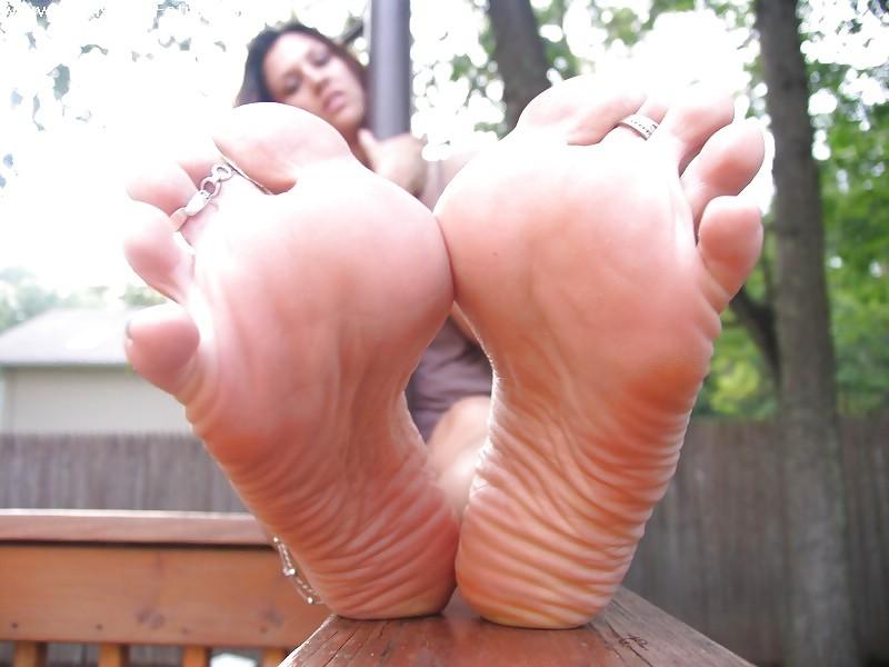 Lexi Feet