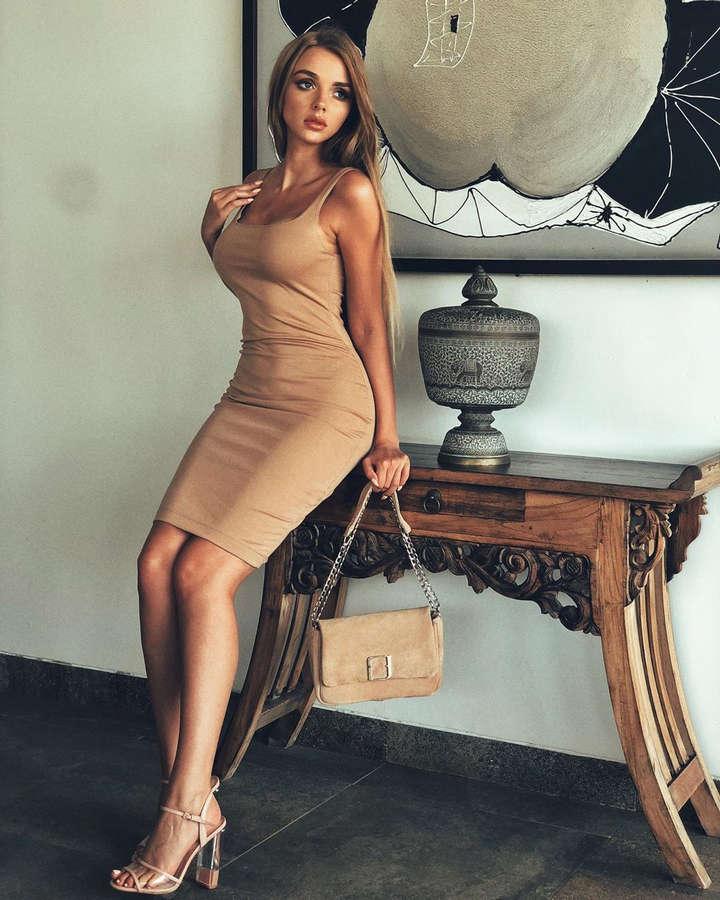 Weronika Heck Feet