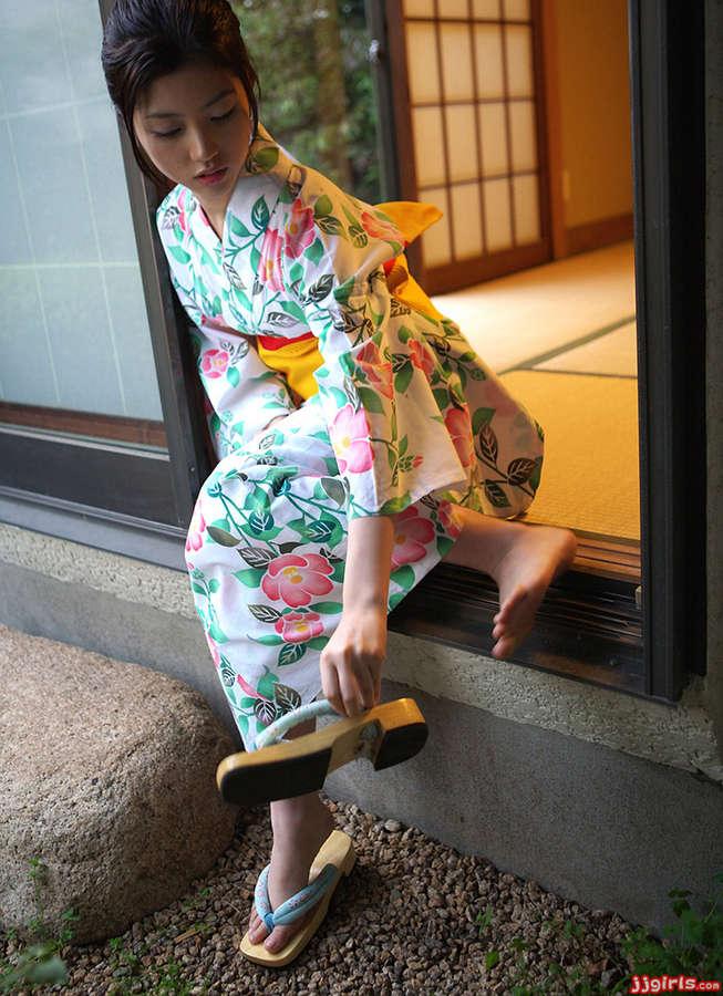 Azusa Togashi Feet