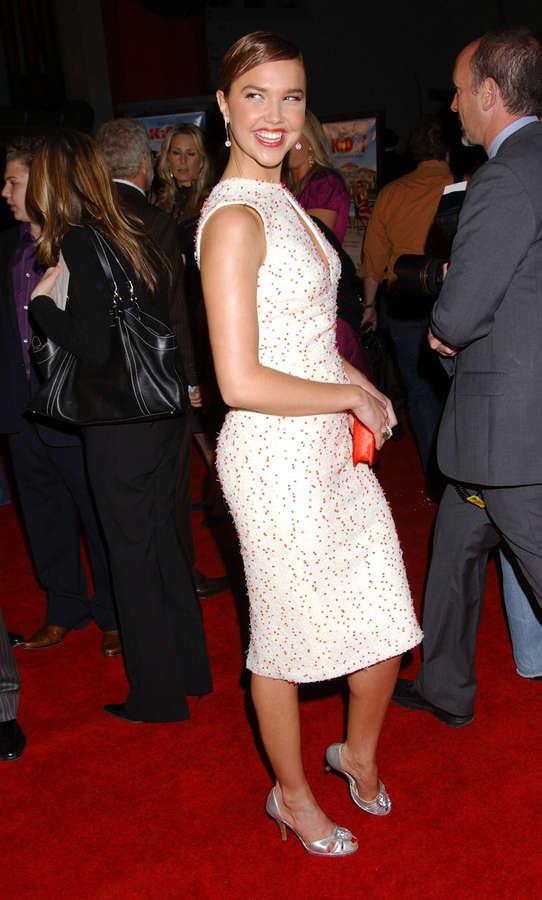 Arielle Kebbel Feet