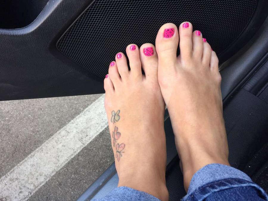 Olivia Wilder Feet