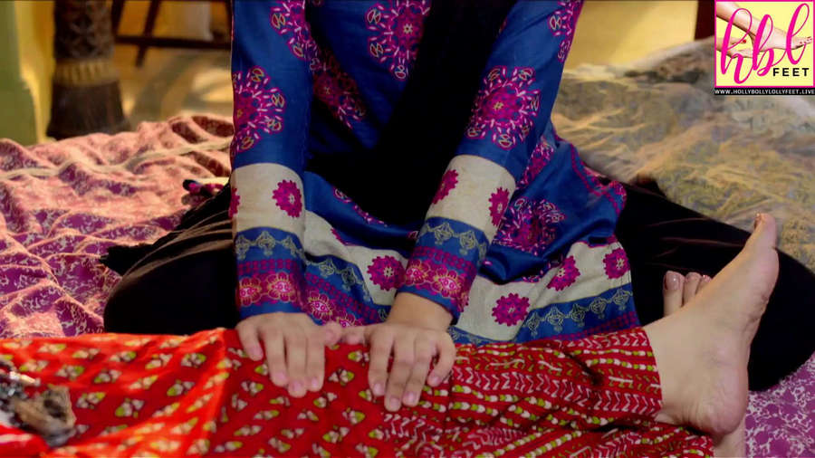 Kinza Malik Feet