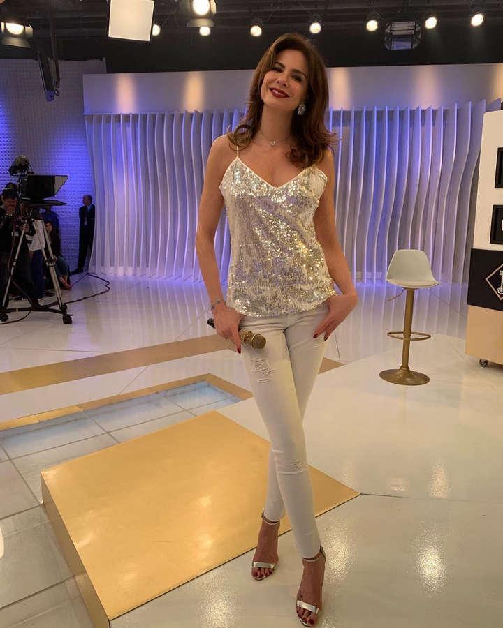 Luciana Gimenez Feet
