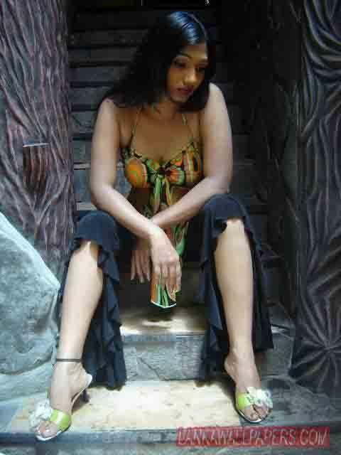 Upeksha Swarnamali Feet