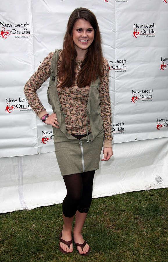 Lindsey Shaw Feet