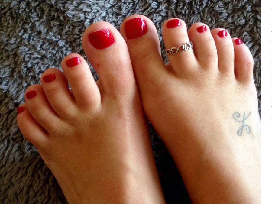 Alexis Monroe Feet