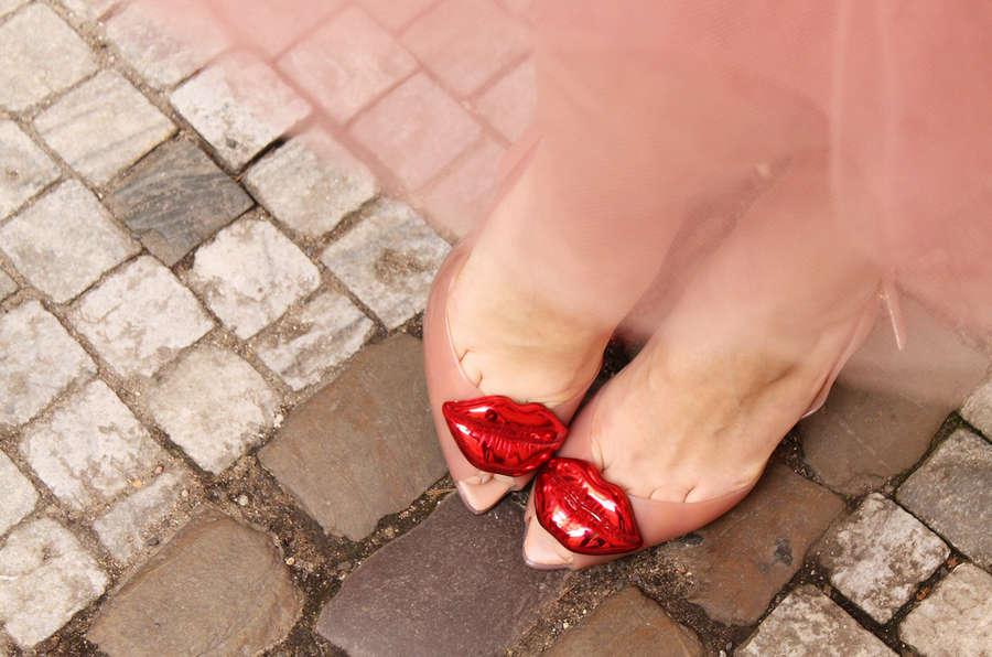 Lenka Vacvalova Feet