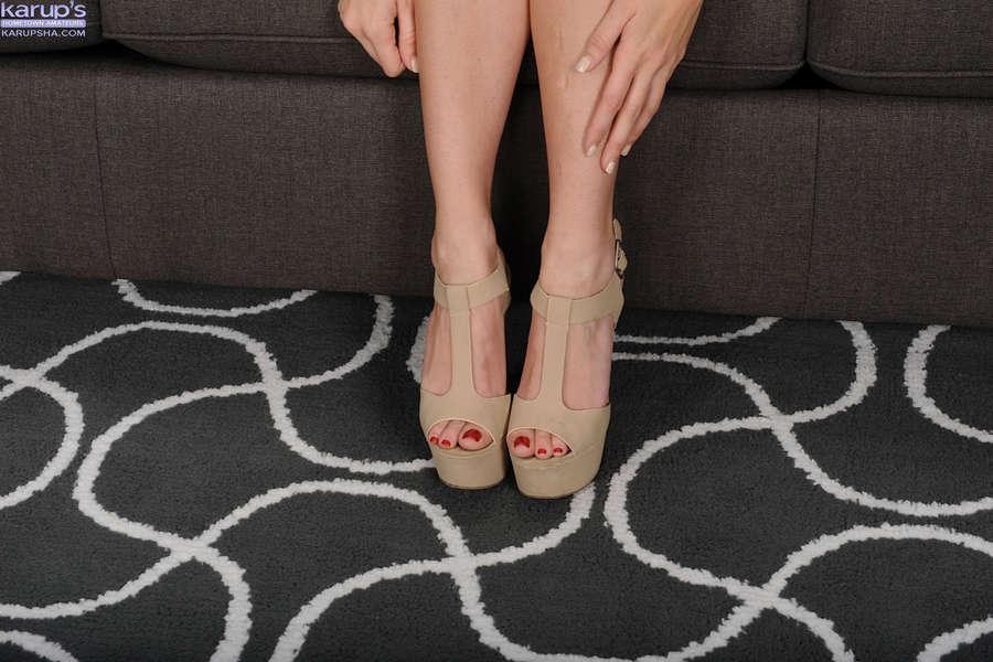 Katie Lynn Feet