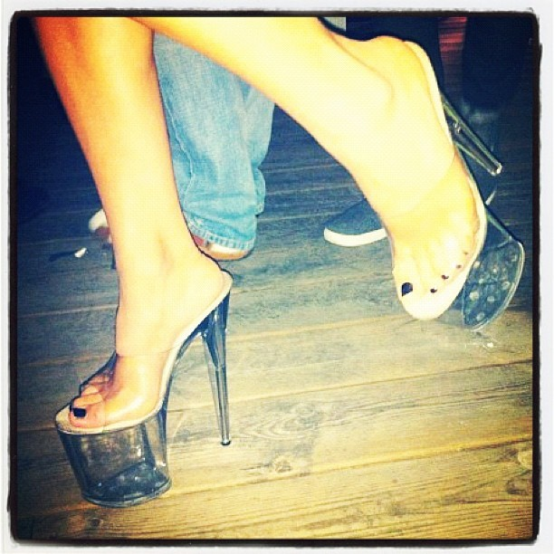 Rebecca Stella Feet