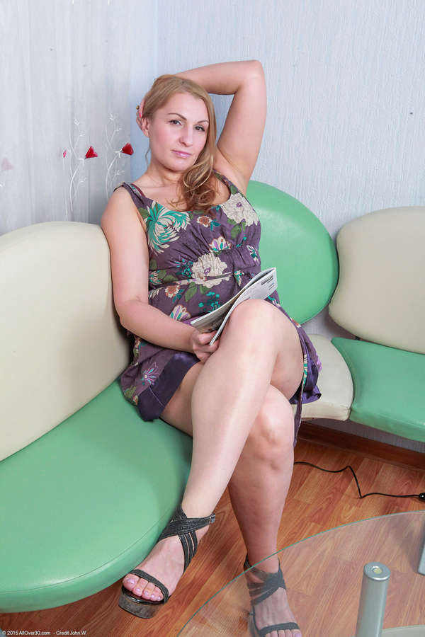 Dana Karnevali Nude Photos 87