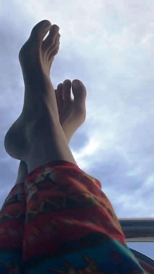 Irina Kravchenko Feet