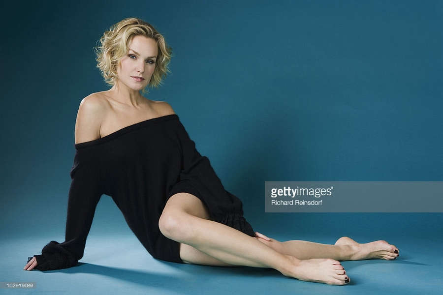 Laura Allen Feet