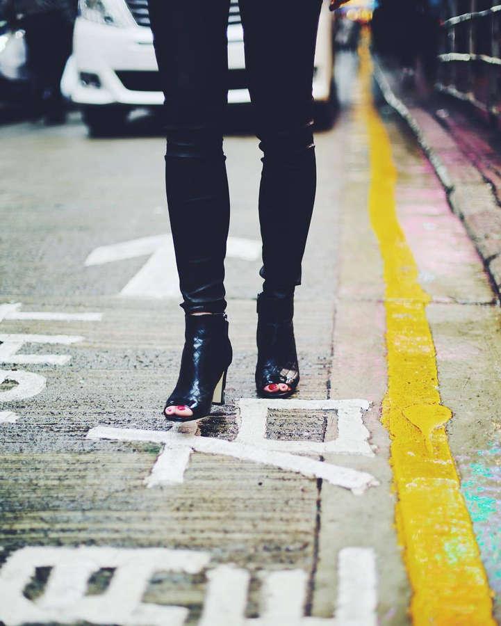 Victoria Magrath Feet