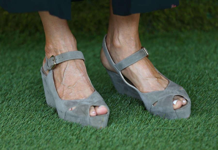 Amy Landecker Feet
