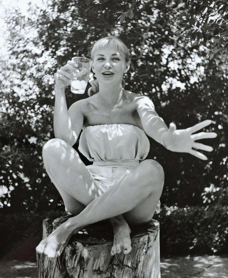 Joanne Woodward Feet