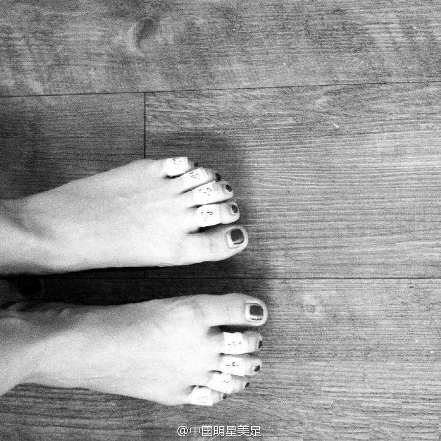 Amber Kuo Feet