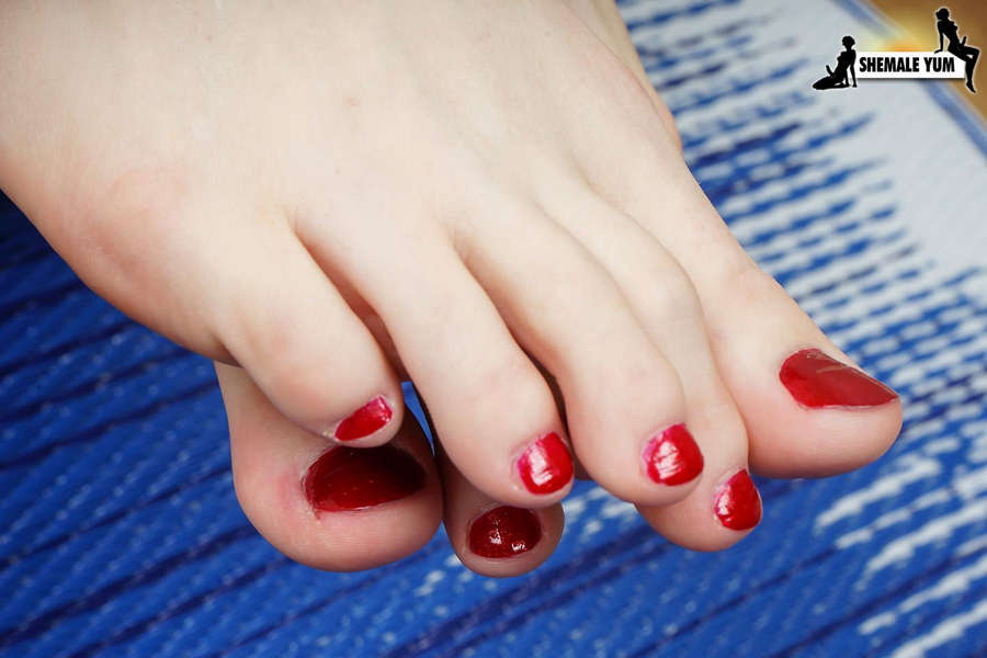 Lianna Lawson Feet