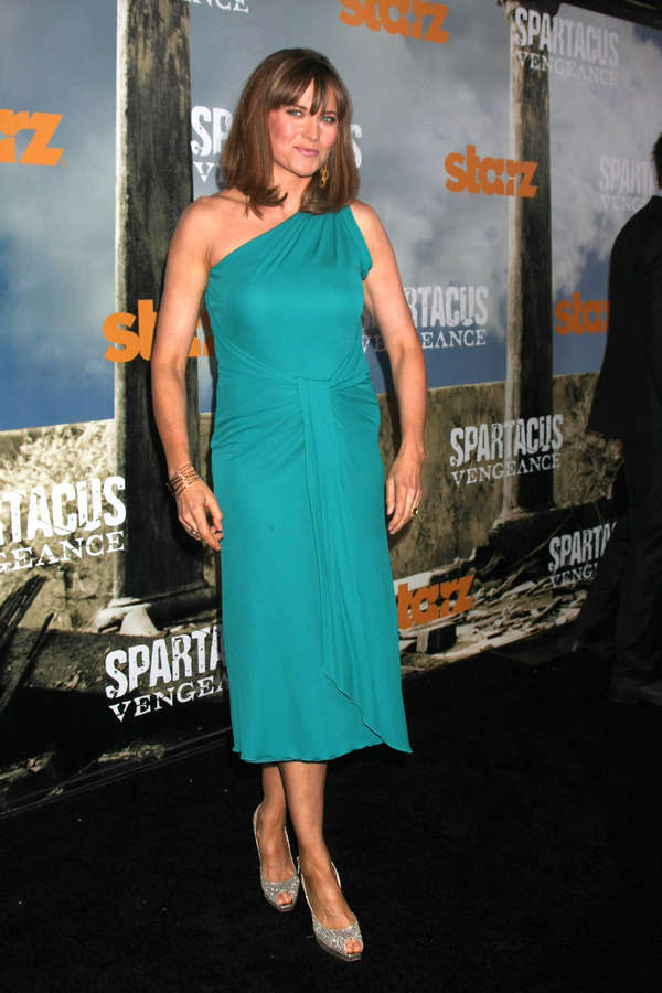 Lucy Lawless Feet