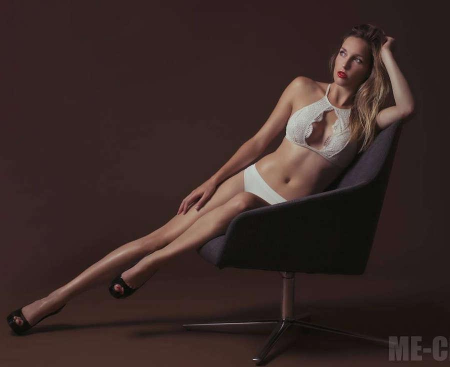 Katie Miller Feet