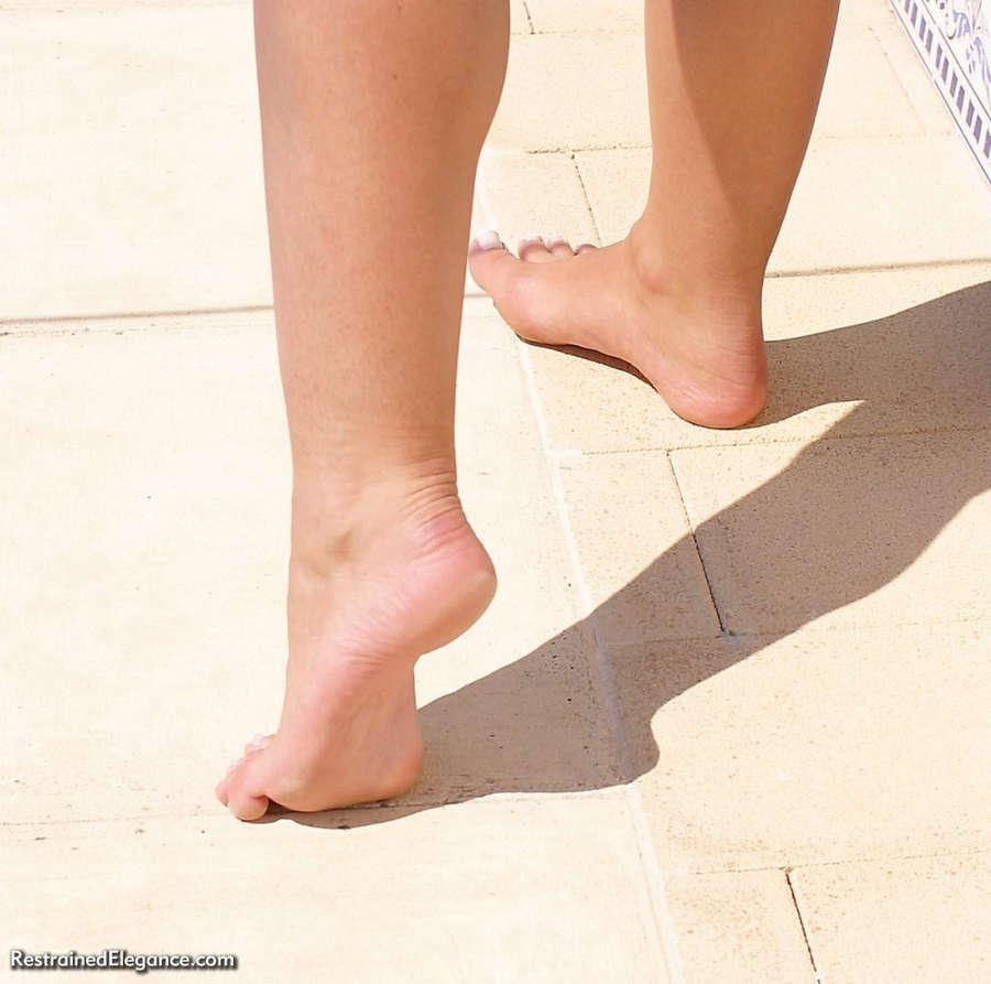 Jasmine Sinclair Feet