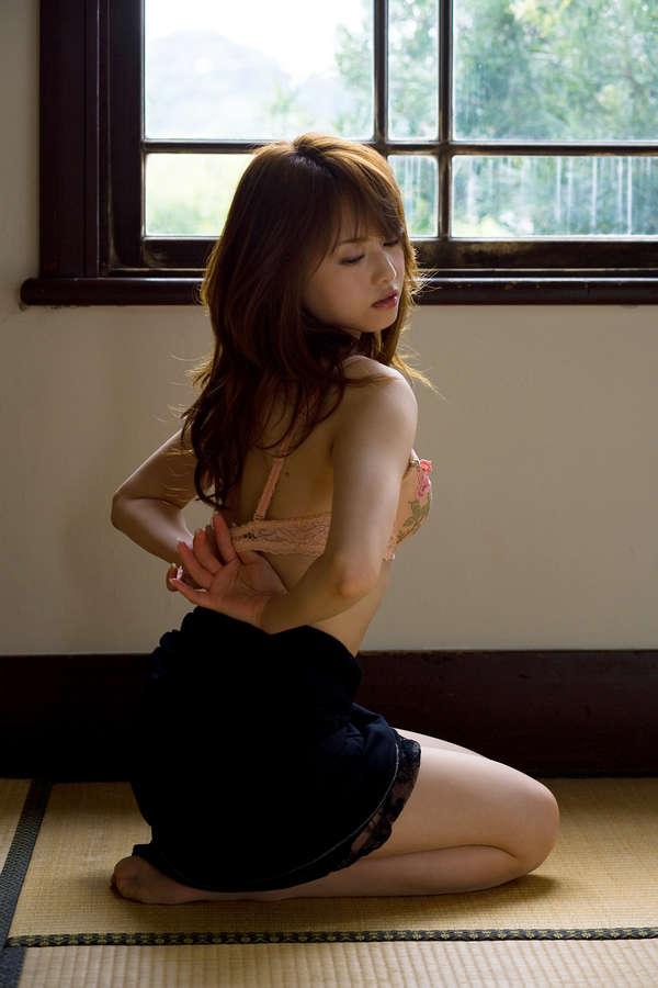 Akiho Yoshizawa Feet