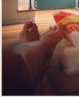 Mia Sun Feet