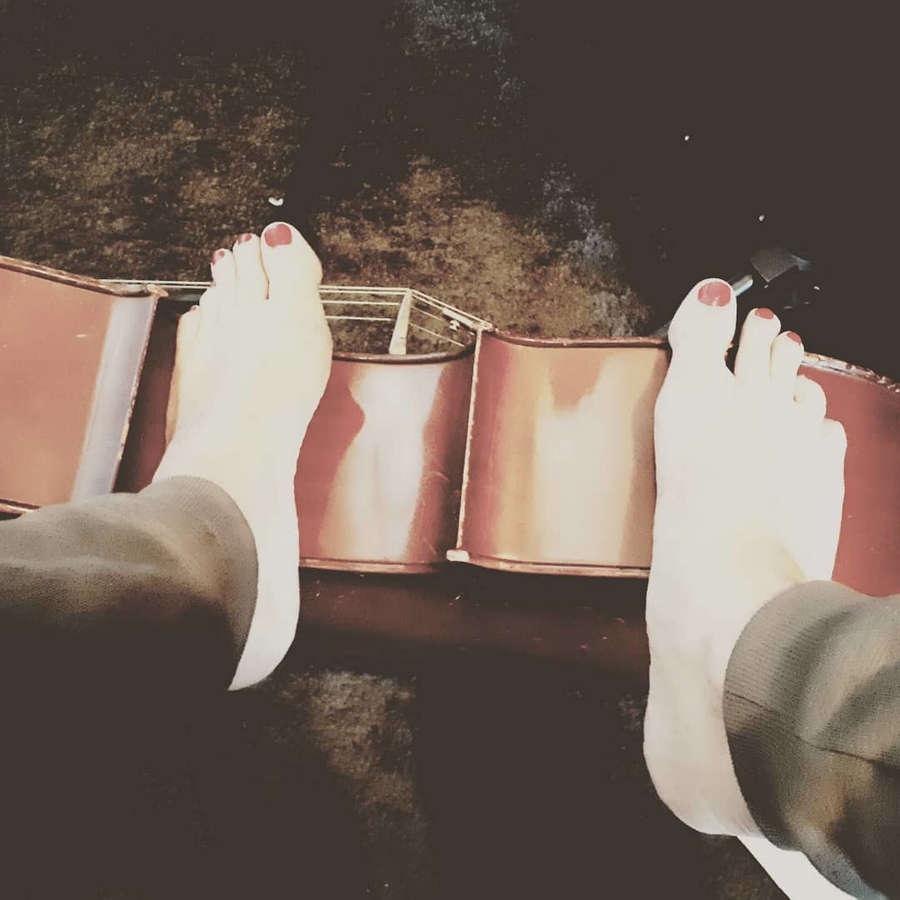 Michelle Courtens Feet