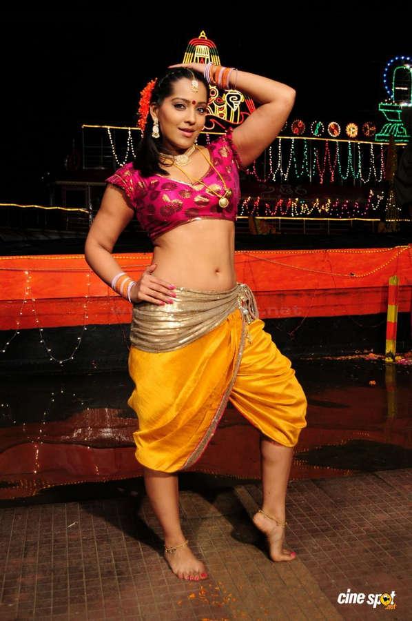 Meghna Naidu Feet
