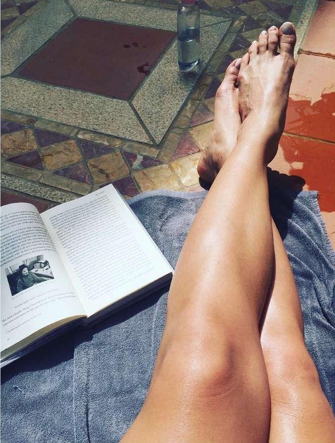 Konstantina Metaxa Feet