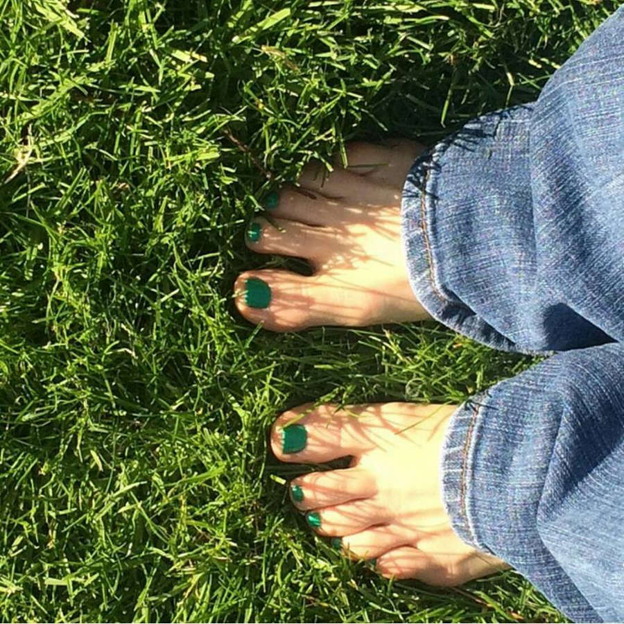 Alicia Ziegler Feet