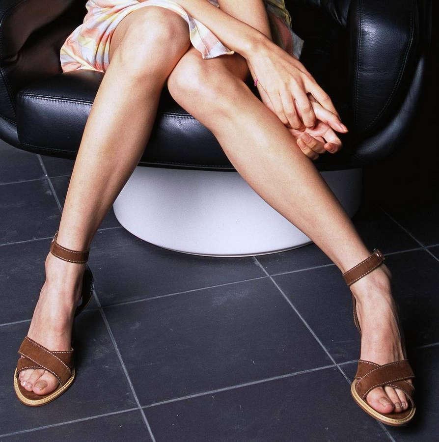 Fiona Sit Feet