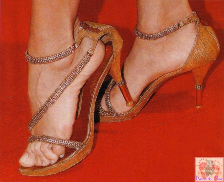 Maria Teresa Ruta Feet