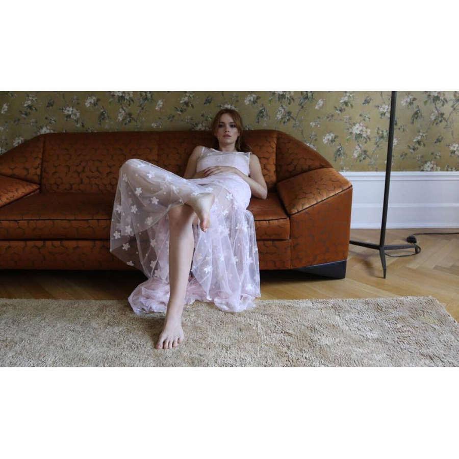 Emilia Schule Feet