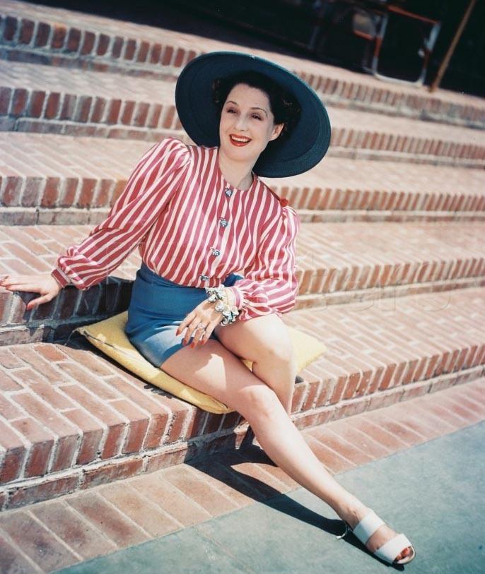 Norma Shearer Feet