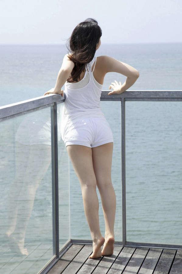 Rina Koike Feet