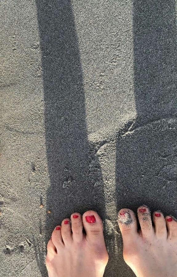 Jenny Ladner Feet
