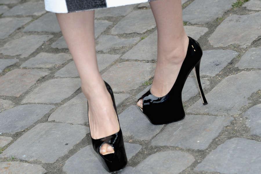 Bingbing Fan Feet