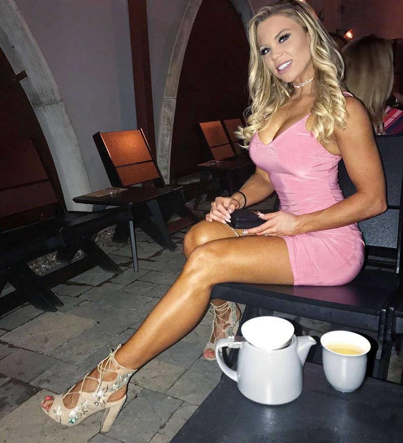 Lauren Drain Feet