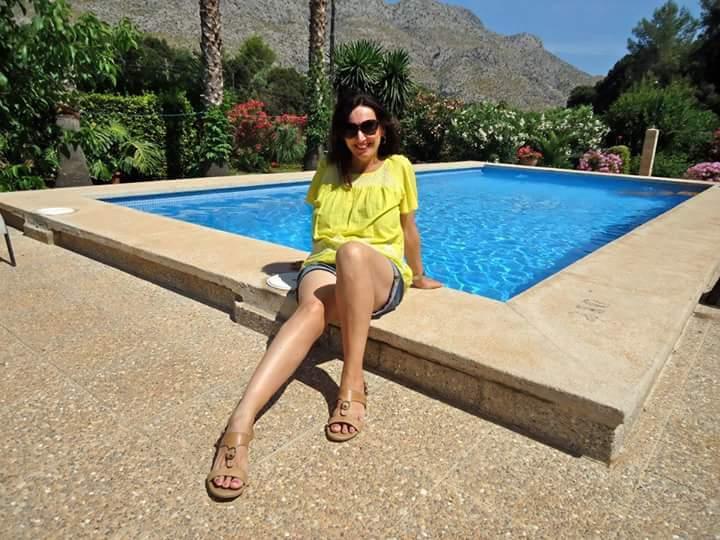 Brenda Gilhooly Feet