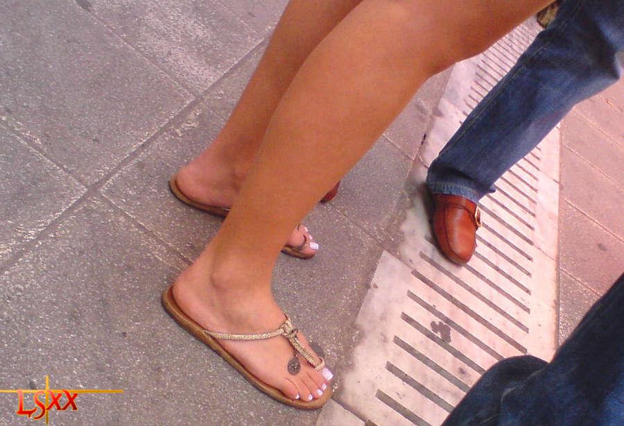 Hryspa Feet