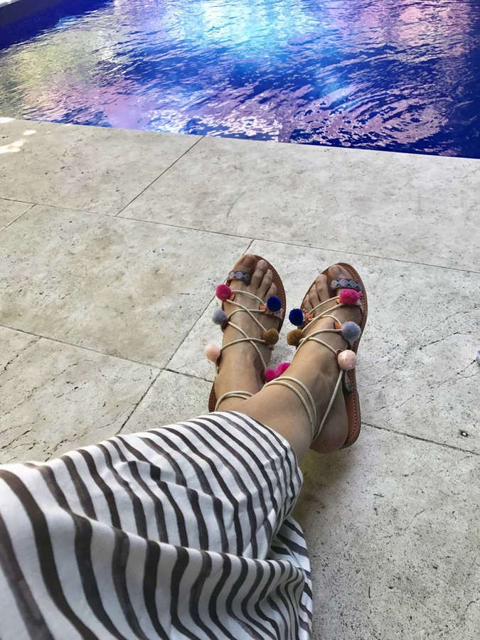 Mar Flores Feet